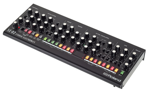 Roland SE-02 Modulo Synth Analogico
